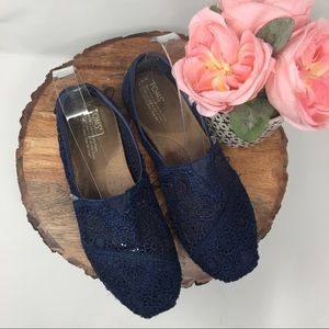 Toms Classic Navy Blue Lace Slip On